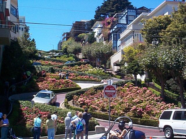 لومبارد استریت Lombard Street - San Francisco