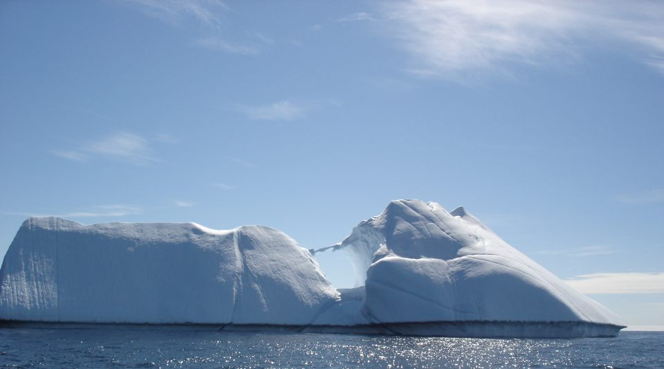 pictures of greenland icebergs
